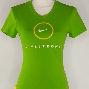 Nike Womens Athletic Dri Fit Graphic Tee Size XS